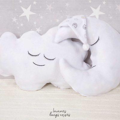 Conjunto cojines nube y luna personalizables