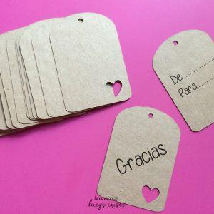 30 Etiquetas rectangulares con troquel de corazón