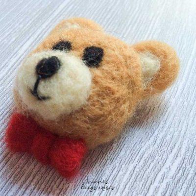 Broche «Oso» de lana merina fieltrada (Md:1)